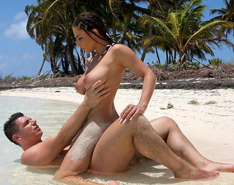 Секс у океана